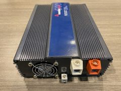 Samlex PST-600-12 600 Watts 12 Volts DC Sine Wave Inverter